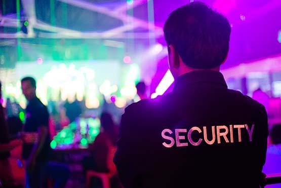 Sicherheitsdienst in Diskothek